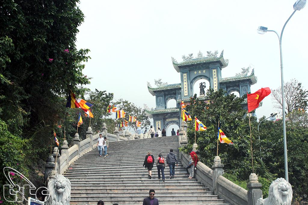 Chùa Linh Ứng Sơn Trà (Ảnh: Khánh Luân)