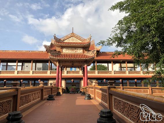 <p> Chùa nằm ở phía nam thành phố Đà Nẵng, được thành lập năm 1962</p>