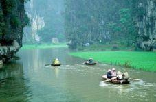 Tam Cốc - Bích Ðộng, một vùng danh thắng