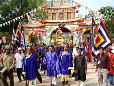 Bình Thuận: Tưng bừng Lễ hội văn hóa du lịch dinh Thầy- Thím 2008