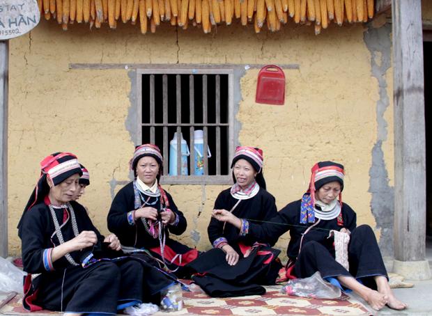 Làng văn hóa du lịch - không gian bảo tồn văn hóa truyền thống ở Hà Giang