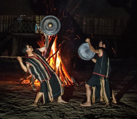 Triển lãm di sản văn hóa tiêu biểu của Kon Tum tại Hà Nội