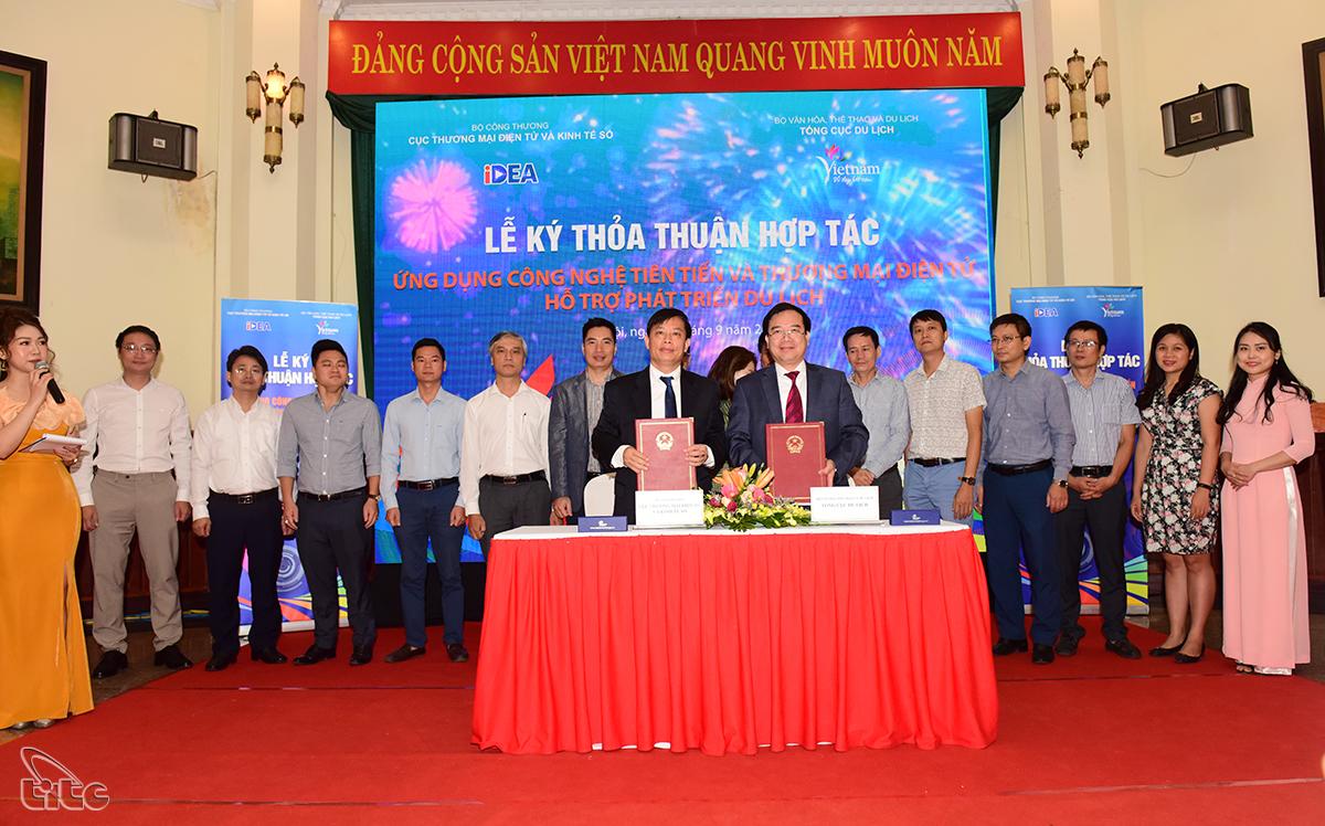 TCDL và Cục TMĐT và KT số hợp tác ứng dụng công nghệ tiên tiến và TMĐT hỗ trợ du lịch
