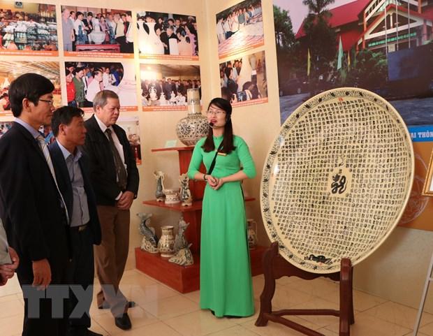 Hải Dương: Trưng bày trên 500 tài liệu, hiện vật, hình ảnh về gốm Chu Đậu