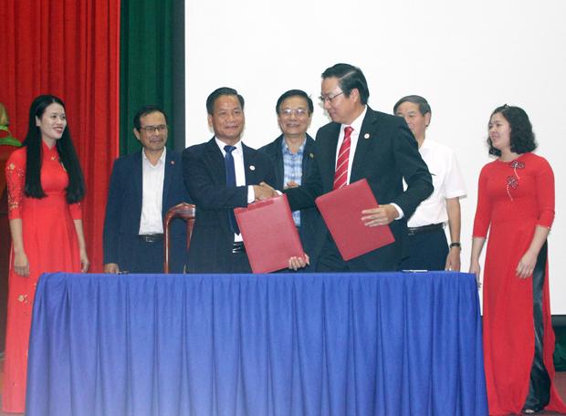 Hội nghị Hợp tác phát triển du lịch giữa Hà Giang và Hà Tĩnh