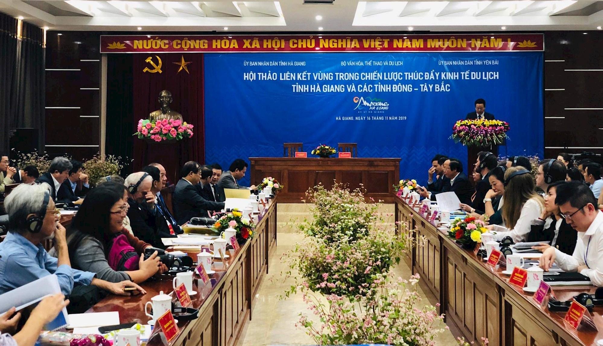 Liên kết phát triển kinh tế du lịch các tỉnh Đông - Tây Bắc