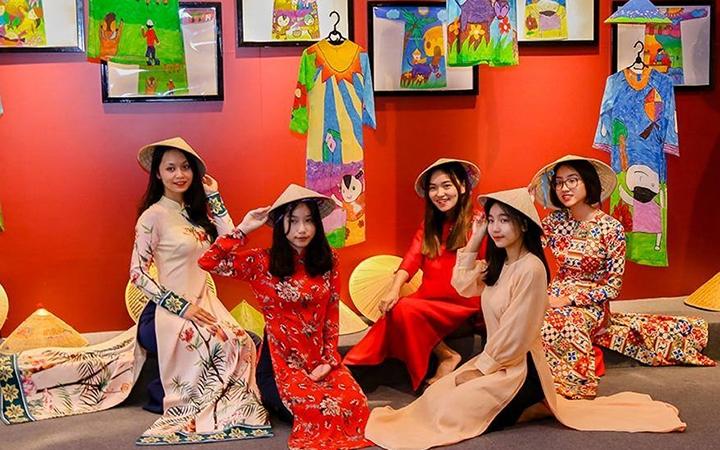 Quảng bá các giá trị di sản văn hóa Việt Nam