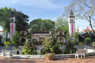 Tham quan Đền Hồng Sơn – Thành phố Vinh
