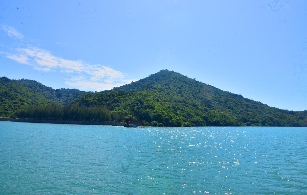 Khám phá thiên nhiên hoang dã đảo Ba Mùn – Quảng Ninh