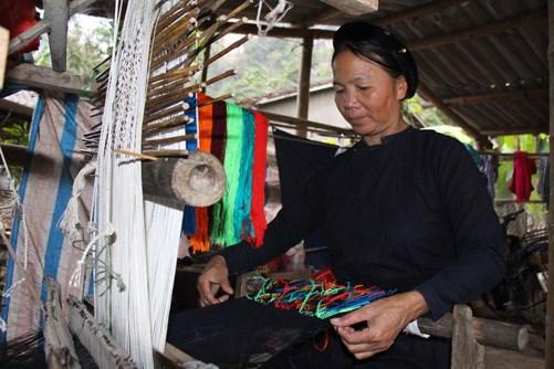 Luống Nọi (Hà Quang – Cao Bằng): Nơi lưu giữ nghề dệt thổ cẩm thủ công truyền thống của người Tày