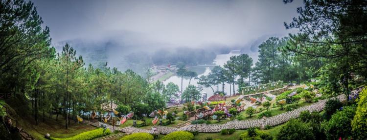 Thung lũng Tình yêu ưu đãi 50% dịp Festival hoa Đà Lạt