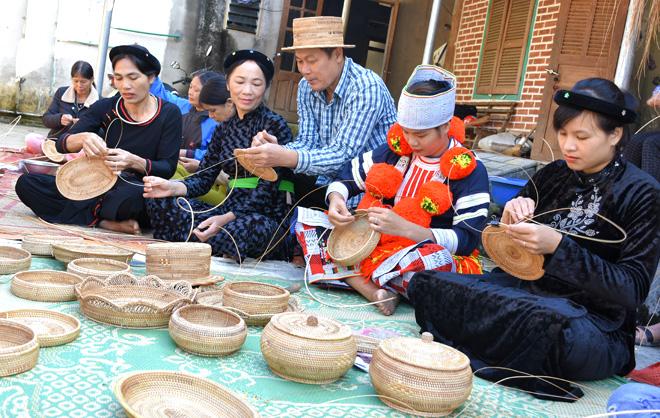 Khuôn Hà tích cực xây dựng đời sống văn hóa