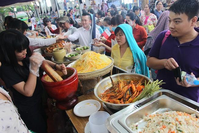 Liên hoan ẩm thực Món ngon các nước tại TP. Hồ Chí Minh