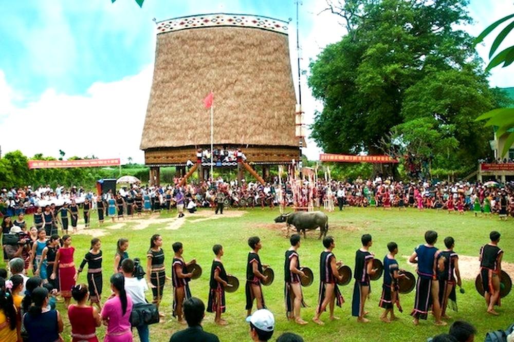 Khai mạc Ngày hội văn hóa các dân tộc tỉnh Kon Tum năm 2019