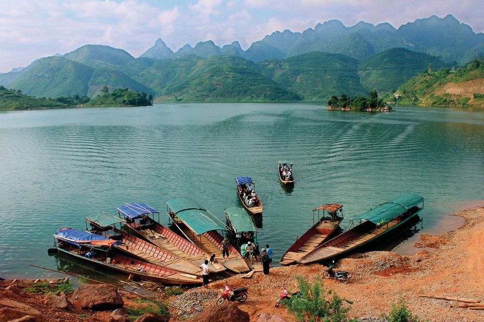 """Quỳnh Nhai - """"vịnh Hạ Long"""" của núi rừng Tây Bắc"""