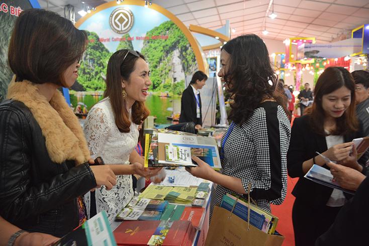 Lượng khách du lịch đến Quảng Bình tăng mạnh