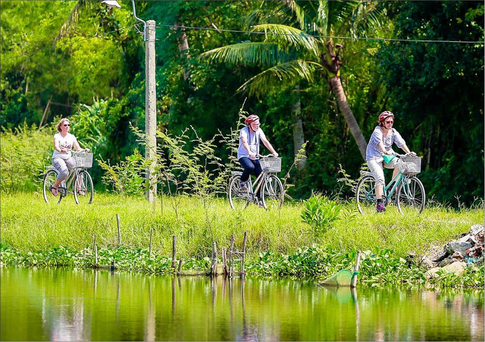 Khám phá Huế bằng xe đạp thông minh: Sản phẩm du lịch thân thiện