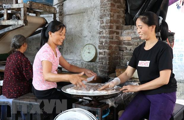 Về Bắc Ninh thưởng thức món quà quê bánh cuốn Mão Điền
