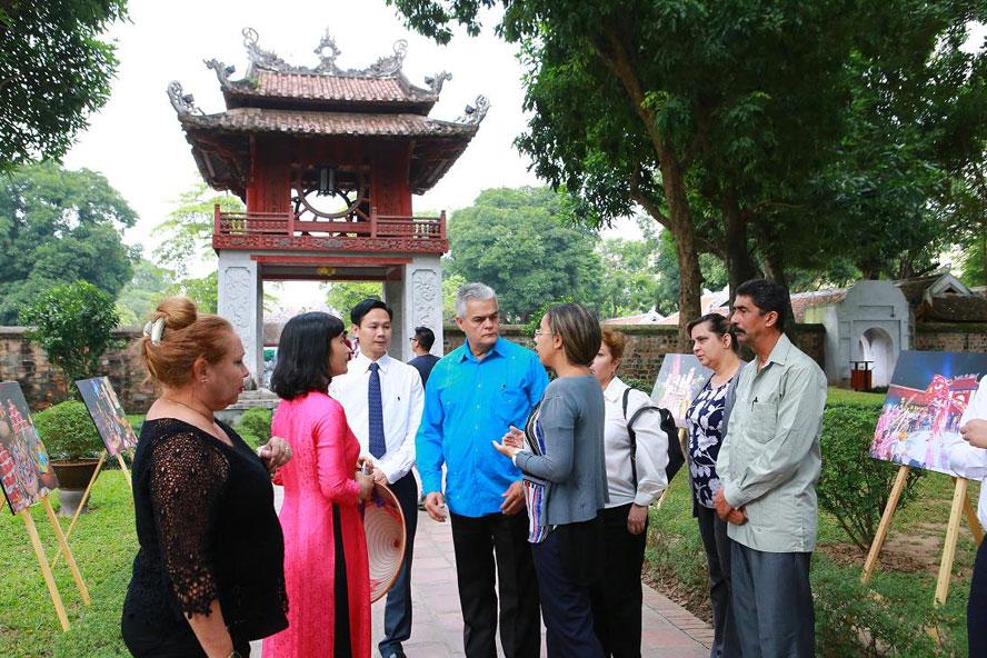 Hà Nội: Tận dụng thế mạnh về du lịch văn hóa