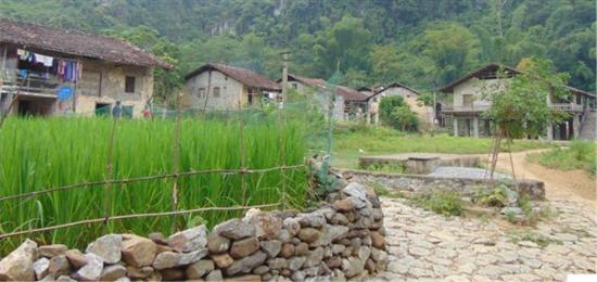 """Trải nghiệm văn hóa bản địa ở """"xứ sở thần tiên"""" Cao Bằng"""