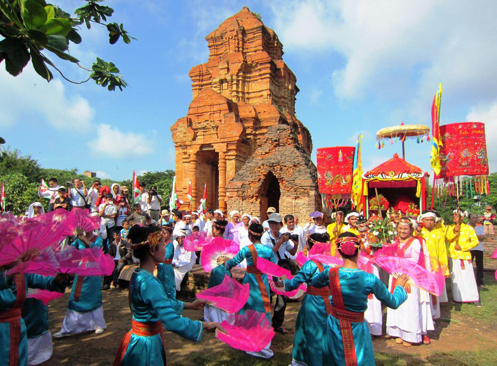 Lễ hội người Chăm