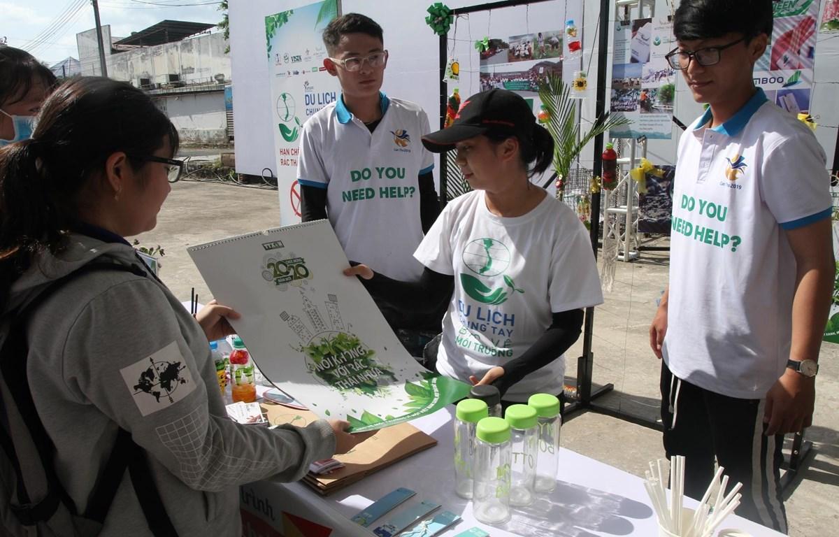 Du lịch cùng chung tay bảo vệ môi trường ở Đồng bằng sông Cửu Long