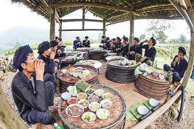 Lễ hội Khô già già của người Hà nhì đen xã Y Tý huyện Bát Xát
