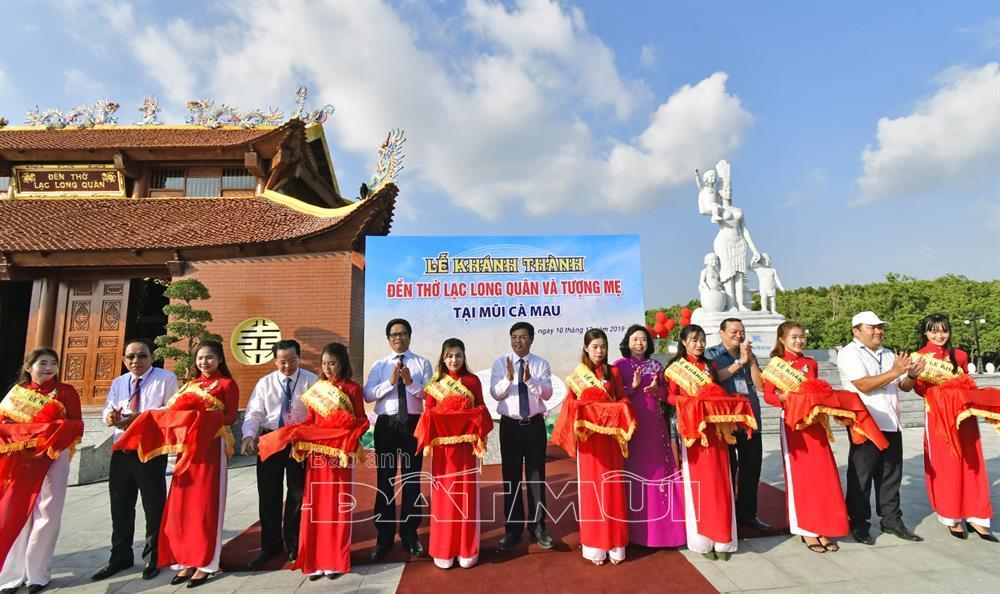 Khánh thành công trình Tượng Mẹ và Đền thờ Lạc Long Quân tại Cà Mau