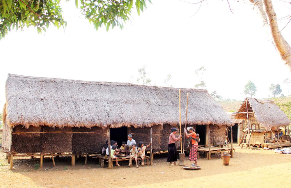 Nét độc đáo nhà dài của người Mạ ở Tây Nguyên