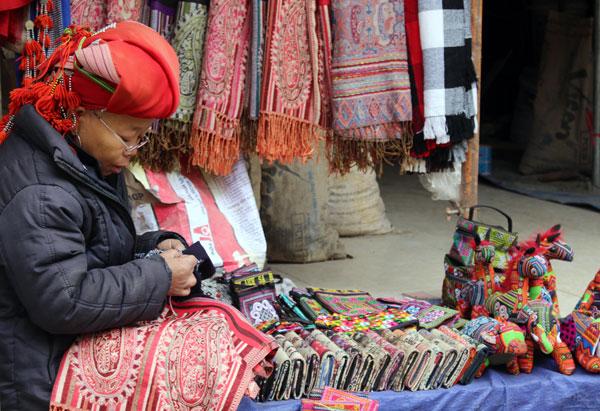 Lào Cai: Gìn giữ bản sắc văn hóa các dân tộc