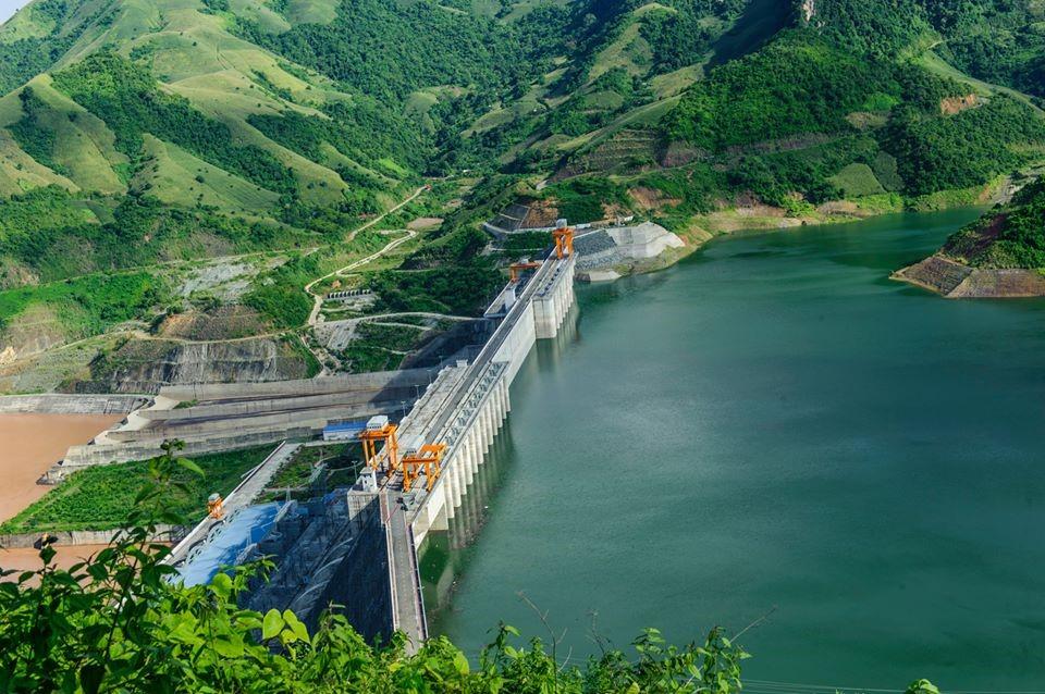 Du lịch thủy điện Sơn La