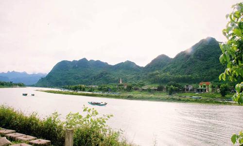 Quảng Bình: Mở tuyến du lịch đường sông tham quan thắng cảnh và làng nghề truyền thống