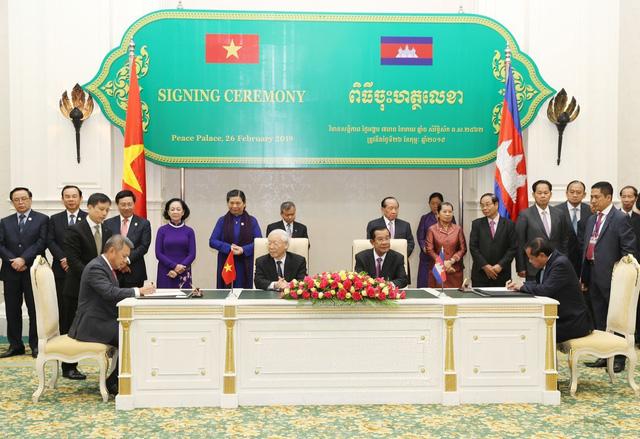 Vietnam Airlines và Bộ Du lịch Campuchia hợp tác phát triển du lịch giai đoạn 2019-2021