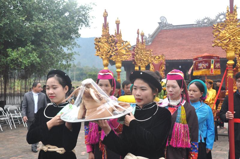 Lễ hội đình Lục Nà (Quảng Ninh):  Nơi lưu giữ những giá trị văn hoá truyền thống đặc sắc