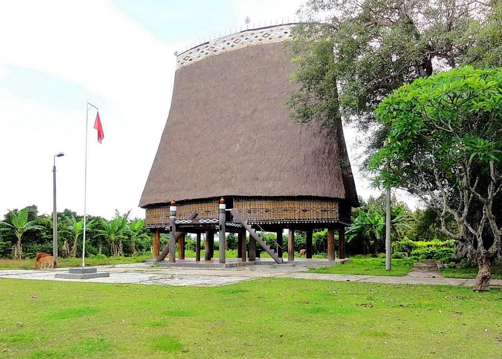 Khách sạn ở Kon Tum (5-3 sao)