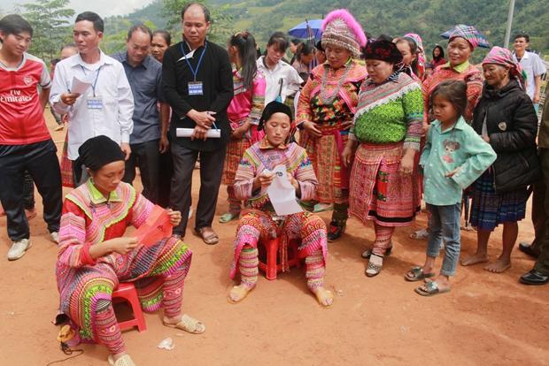Trẩy hội Gầu Tào ở Hà Giang