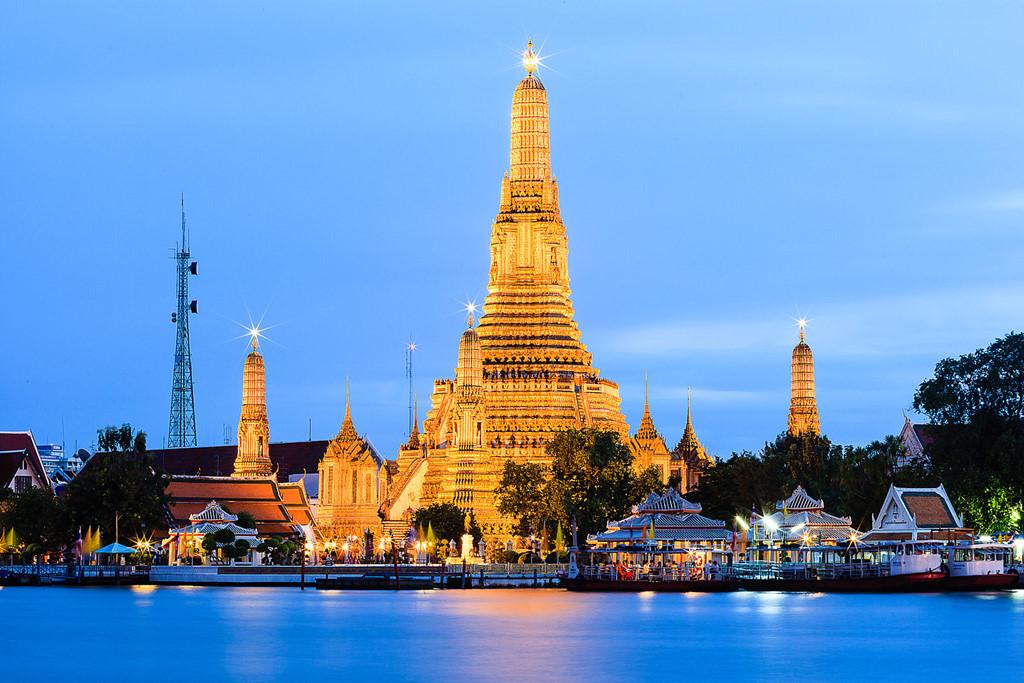 Chùa Wat Arun - Ngôi chùa tuyệt đẹp ở Thái Lan