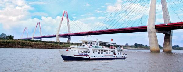 Khám phá du thuyền trên sông Hồng