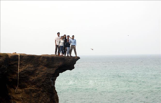 Mũi Trèo - Điểm thu hút khách du lịch mới ở Quảng Trị