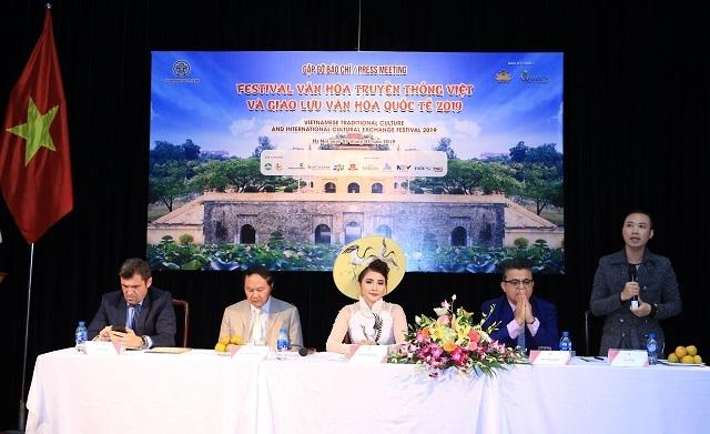 Hà Nội: Tái hiện văn hóa xưa qua Festival Văn hóa truyền thống Việt