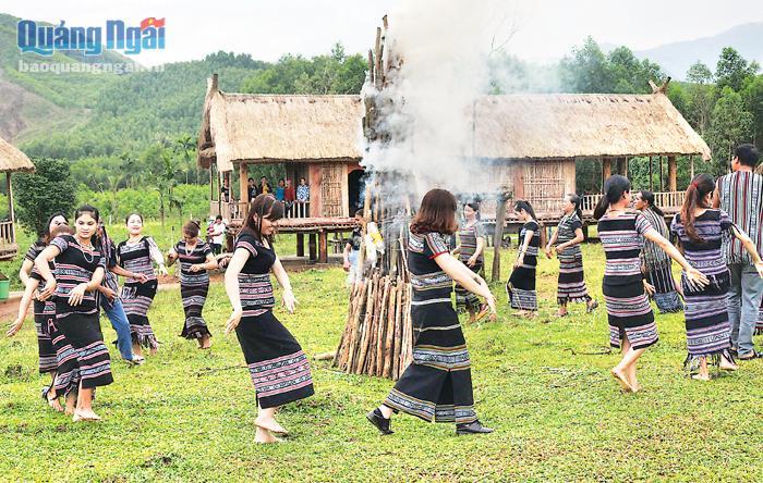 Sớm phát huy quần thể văn hóa Làng Teng (Quảng Ngãi)