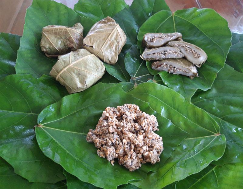 Bánh trứng kiến của người Mông