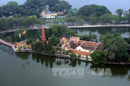 Chùa Trấn Quốc (Hà Nội) được bầu chọn là một trong 10 chùa đẹp nhất thế giới