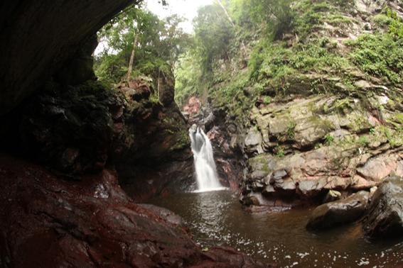 Huyền bí vùng đất nơi thượng nguồn sông Gianh (Quảng Bình)