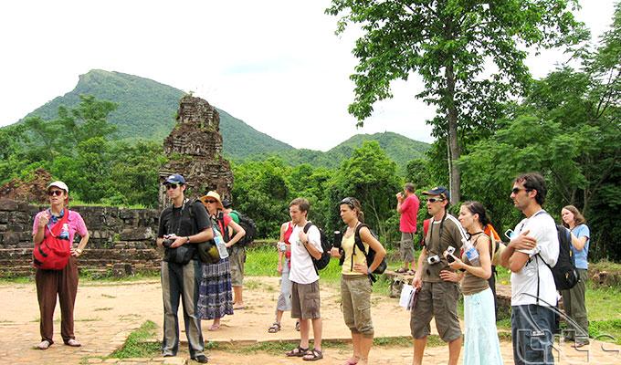 Việt Nam đón gần 7,3 triệu lượt khách quốc tế trong 5 tháng đầu năm 2019