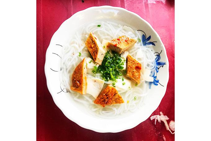 Bánh canh chả cá Nha Trang - món ngon miền biển