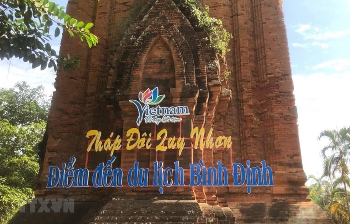 Yêu cầu Bình Định đề xuất phương án bảo vệ di tích tháp Chăm