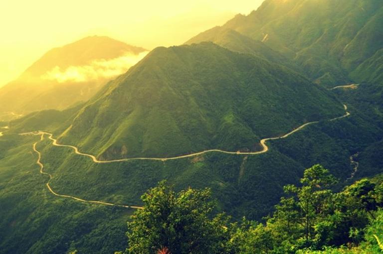 Cổng Trời (Đèo Ô Quy Hồ) – vẻ đẹp của thiên nhiên hùng vĩ