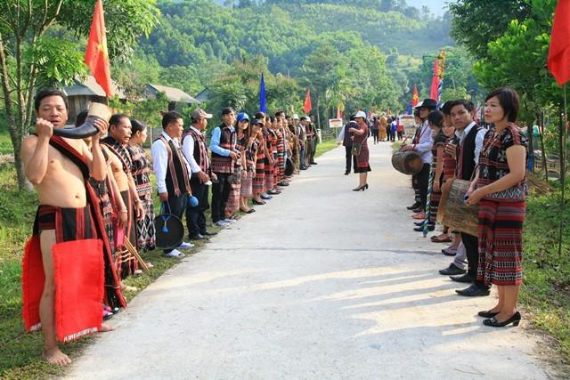 Hàng ngàn nghệ sĩ tham gia Ngày hội VHTTDL các dân tộc thiểu số vùng biên giới Việt Nam - Lào