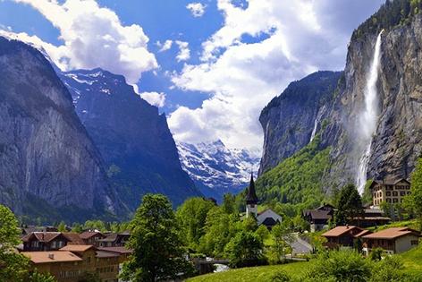Đến Thụy Sỹ khám phá thung lũng của 72 ngọn thác